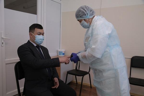 В Петропавловске первые вакцинированные от COVID-19 поделились впечатлениями