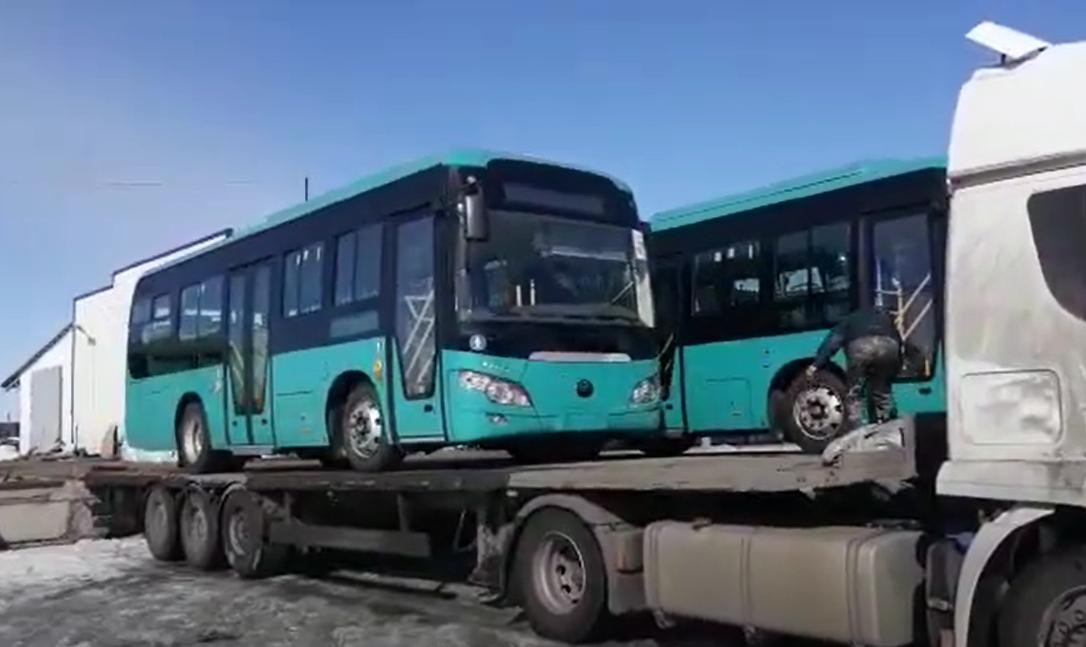 Новые автобусы увозят из Петропавловска