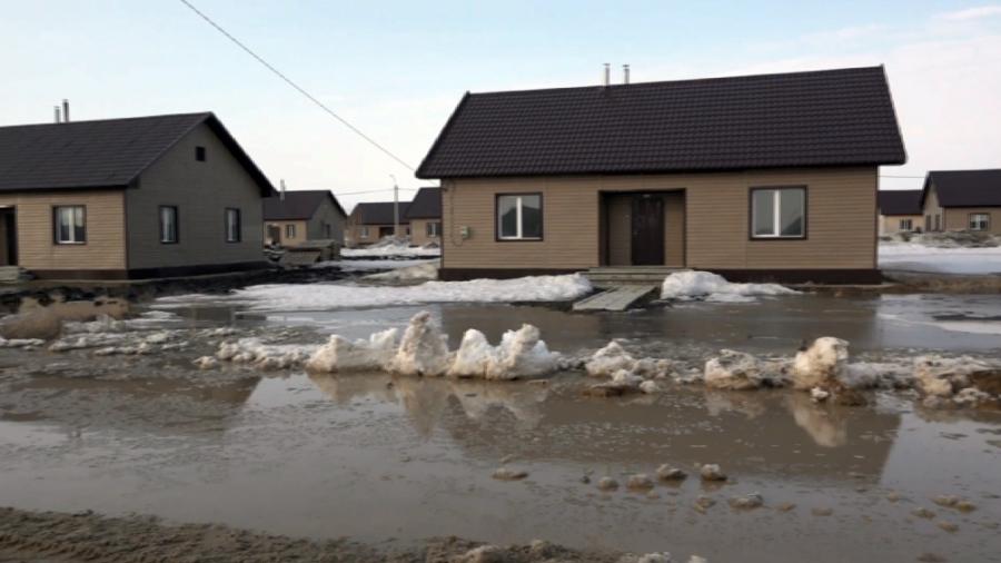 Новый микрорайон в Петропавловске затопило с приходом весны