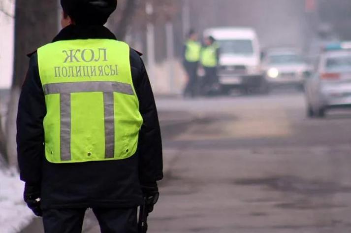 Патрульных полицейских Петропавловска подозревают в получении взятки