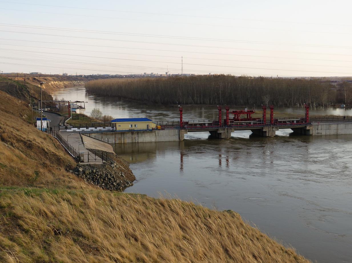 В Петропавловске замерили глубину Ишима перед приходом большой воды