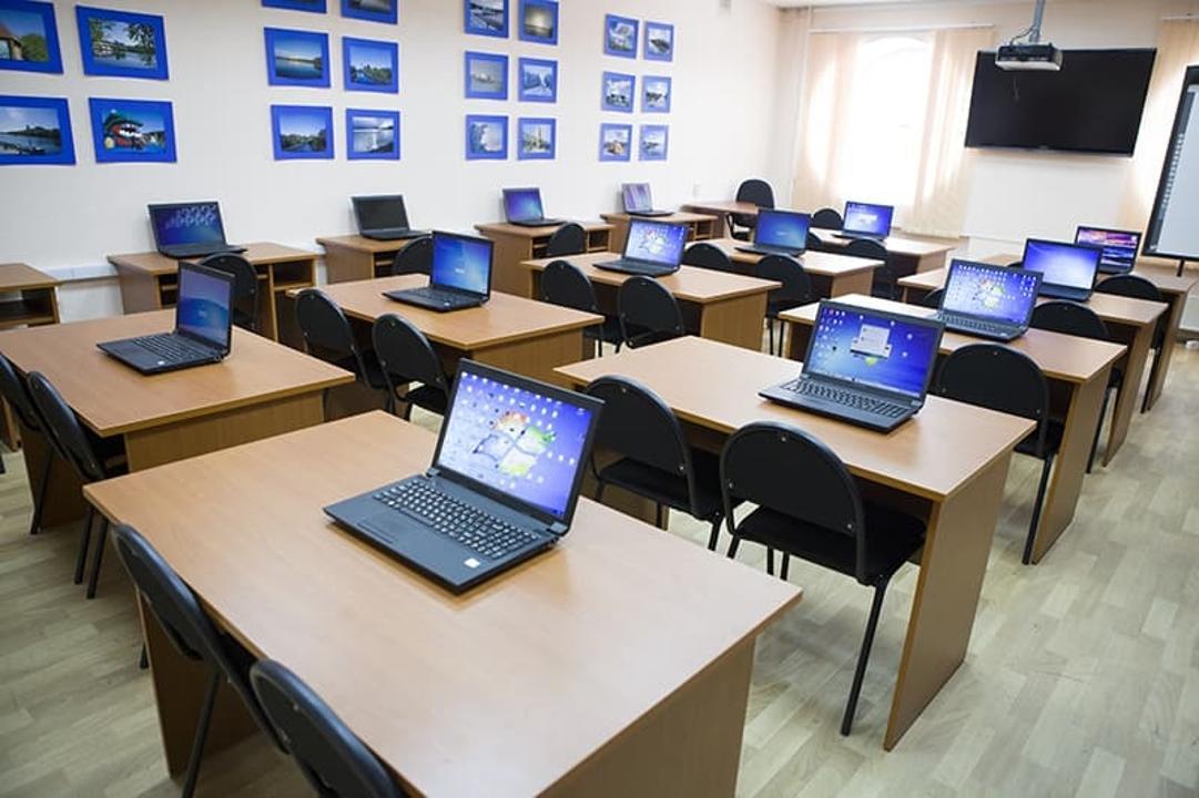 В отделе образования на севере Казахстана потеряли закупленные для «дистанционки» 177 ноутбуков