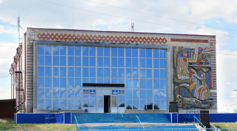 Ремонт в пакетном стиле: дом культуры на севере Казахстана может лишиться уникальной мозаики