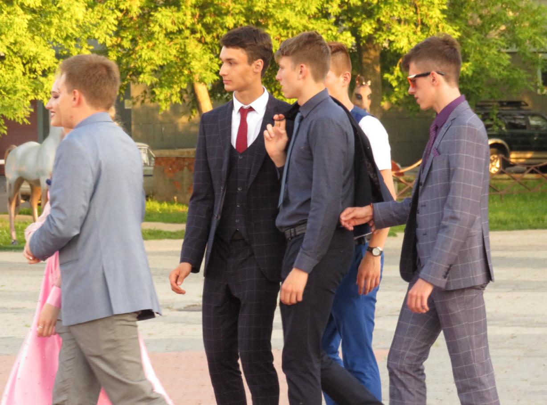 На севере Казахстана на выпускных вечерах запретили все излишества