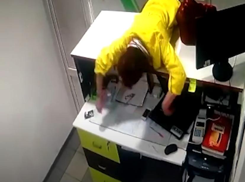 Бывшая опийная наркоманка обокрала квартирное бюро в Петропавловске