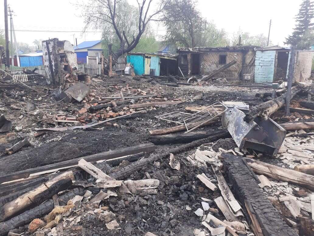 Сельская месть: на севере Казахстана мужчина сжёг дом знакомой