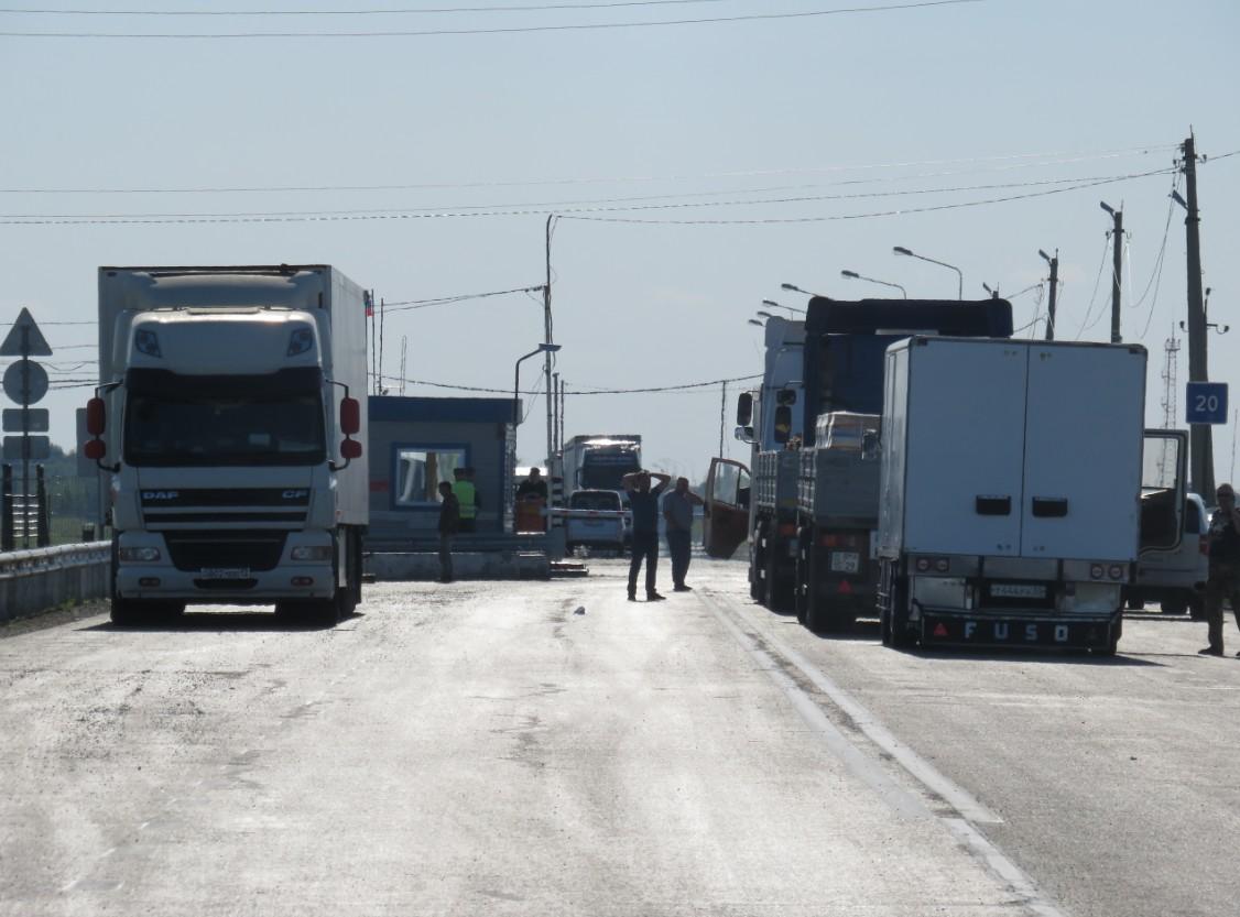 Приложение «Путешествуй без COVID-19» станет обязательным для въезда в Россию из Казахстана