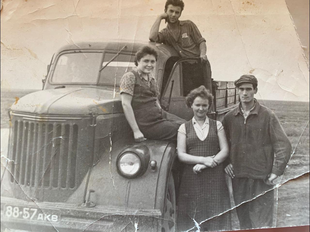 Как работали советские доярки на севере Казахстана