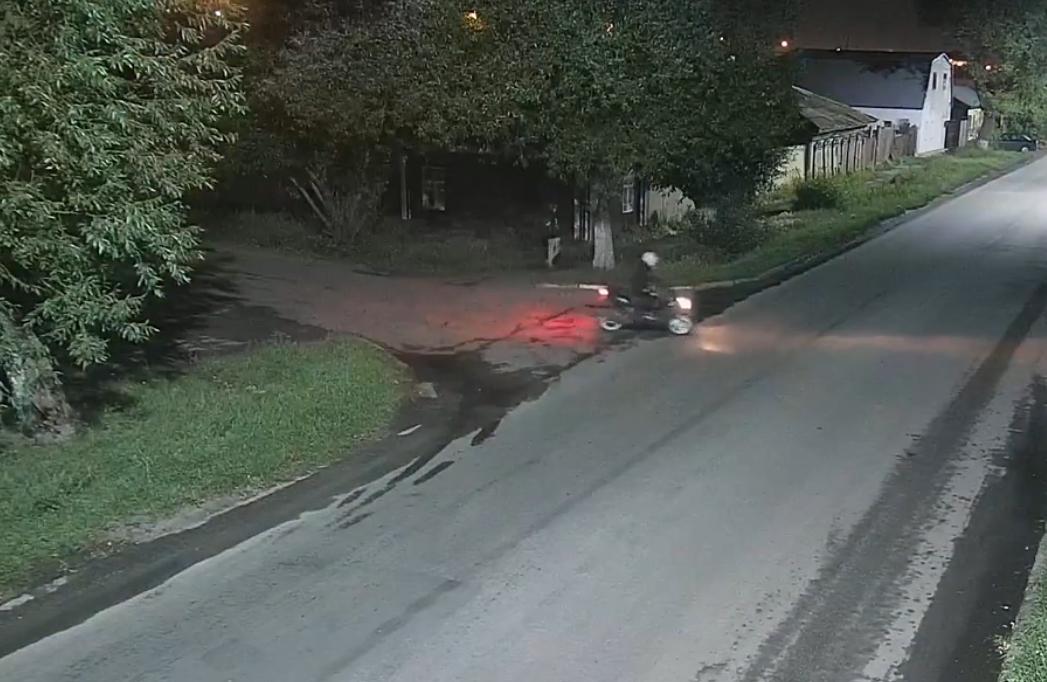 В Петропавловске грабителей на мопеде сняла камера видеонаблюдения
