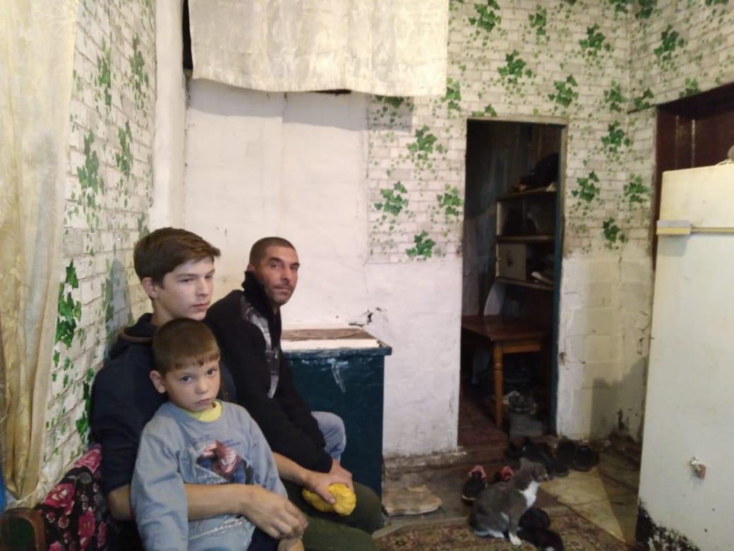 Вдовец на севере Казахстана не может купить дрова