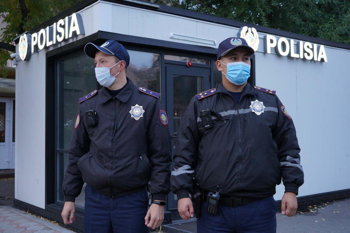 Привет 90-е! В центре Петропавловска у мужчины отобрали барсетку
